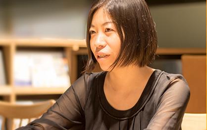 SMALL WORLDS 教育委員会 委員長 小宮山 利恵子