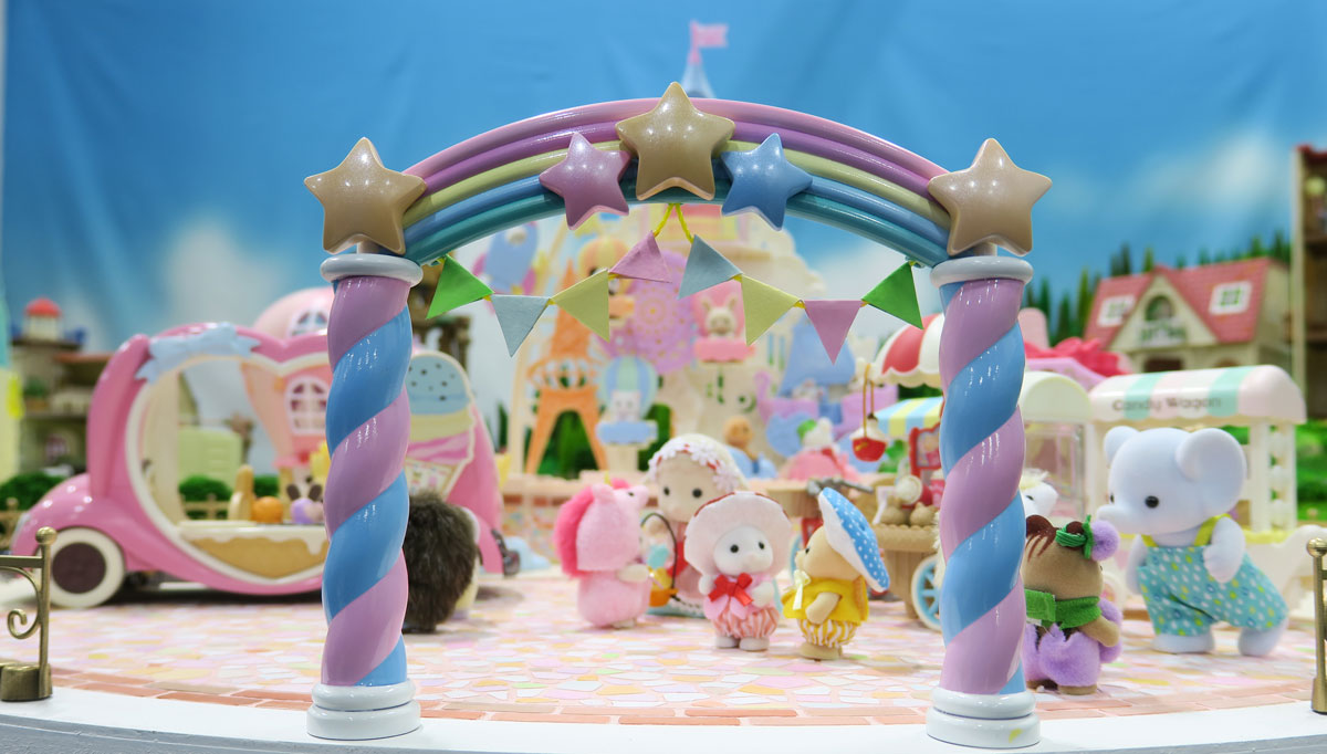 Sylvanian families『POP UP PARK』× Tokai in SMALL WORLDS
